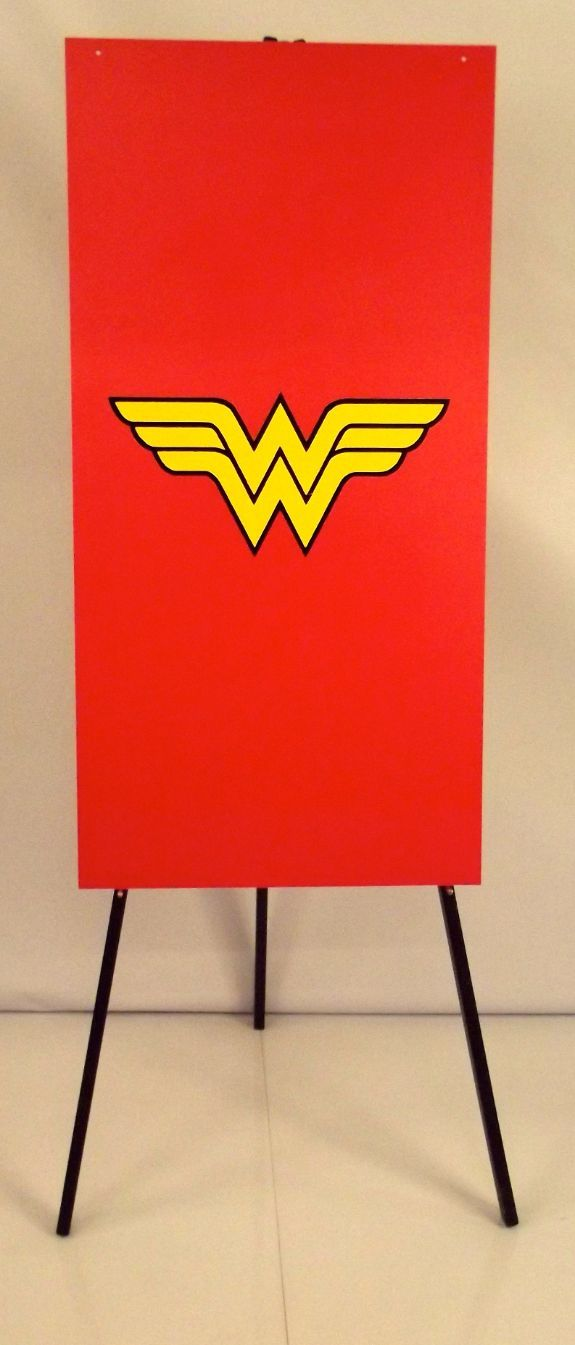 Wonder Woman Foamex Flag
